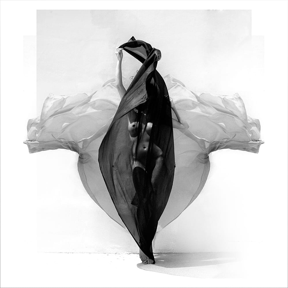 Underwater Nude Fine Art Photography Michael David Adams Photographer Limited Edition Fashion inkt